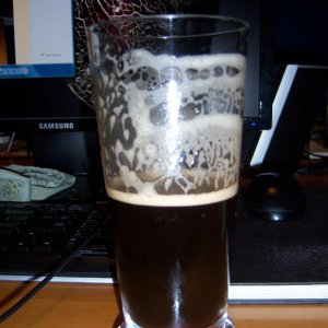 Brew1MuntonsDocklandsPorterlacing