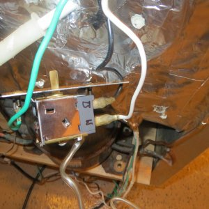 Fridge guts wiring 5