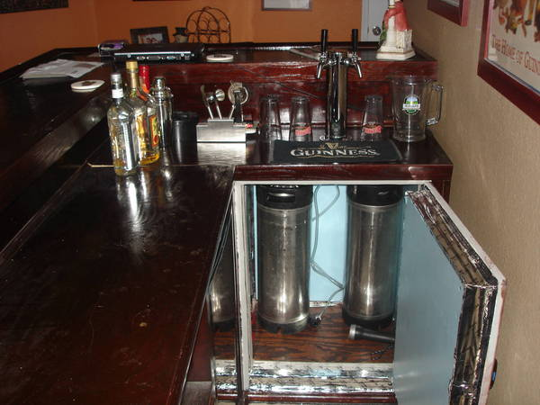 Mahogany finish l shaped bar w built in kegerator home for Home bar with kegerator space