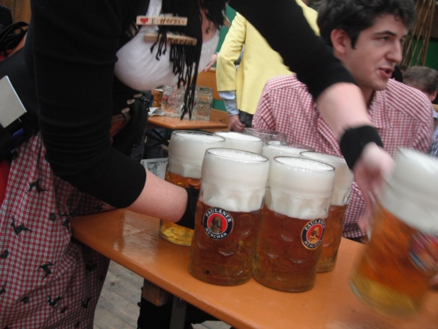 thumb2_munchen---oktoberfest---friday-funday---inside25-56991