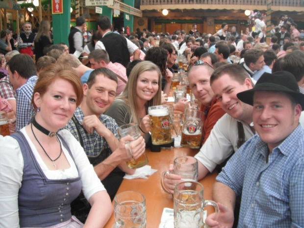 thumb2_munchen---oktoberfest---friday-funday---inside35-56992