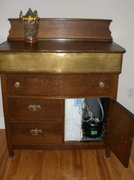 DIY Kegerator: Moving Beyond Functionality - maverick9862 - 11-259.jpg