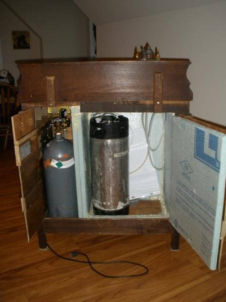 DIY Kegerator: Moving Beyond Functionality - maverick9862 - 16-264.jpg