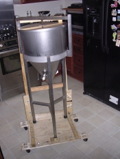 thumb1_diy-conical-rolling-caddy-1-61089