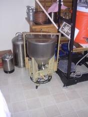 thumb1_fridge-conical-stand-61079