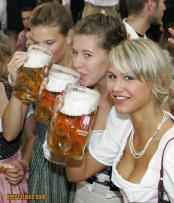thumb1_1567-hot_beer_girls-8196