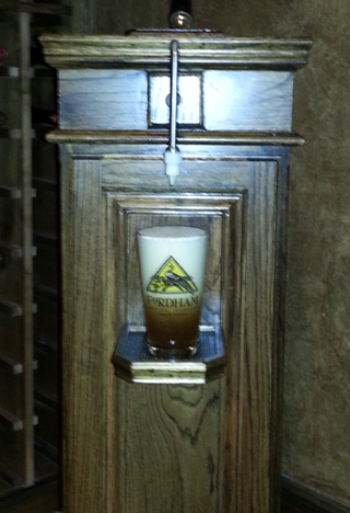 Quarterpint British Beer Engine - chasthebrewer - settling-pint-408.png