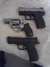 thumb1_pistols-31097
