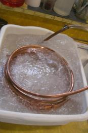 thumb1_ic_in_ice_bath1-31895