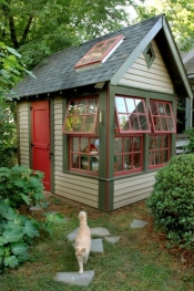 thumb1_danish-garden-shed-57638