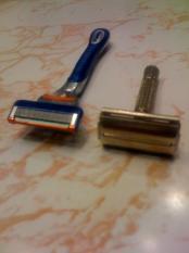 thumb1_razors-48326