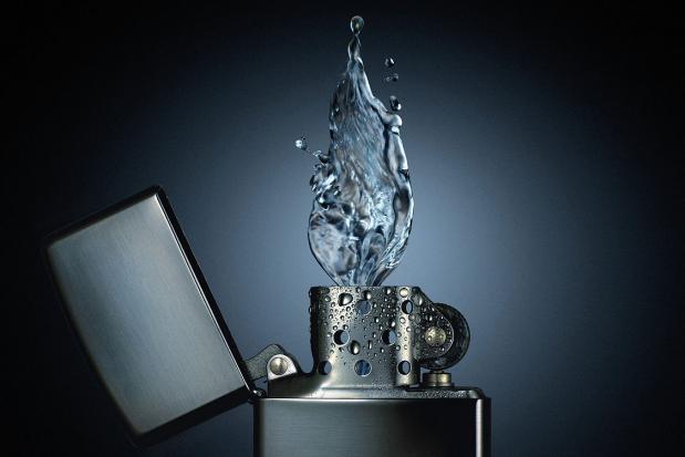 thumb2_water_zippo-27913