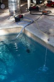 thumb1_pool-chilling-67878