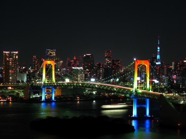 thumb2_rainbow_colored_rainbow_bridge_at_night-32966