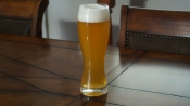 thumb1_pale_ale_in_wheat_glass-63851