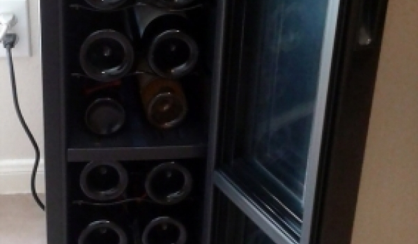 How to Choose a Home Wine Fridge