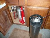 thumb1_co2_tank_and_dual_regulators_in_cabinet-51985