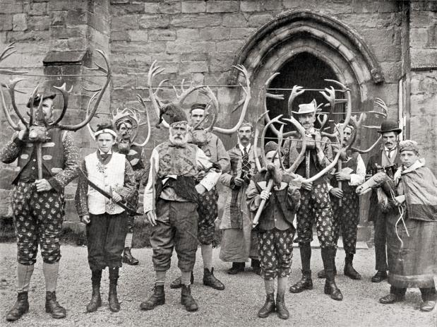 thumb2_20090406222556_abbots_bromley_horn_dance_c1900_stone-50995